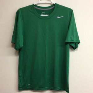 Mens Nike Dri Fit short sleeve shirt green S